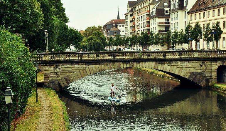 Fransa, Strasbourg, Alsace evleri, Ren nehri