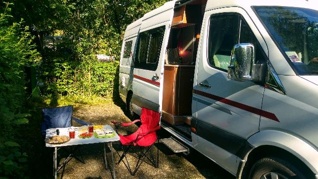 Camping Nord-Sam kahvantı zamanı