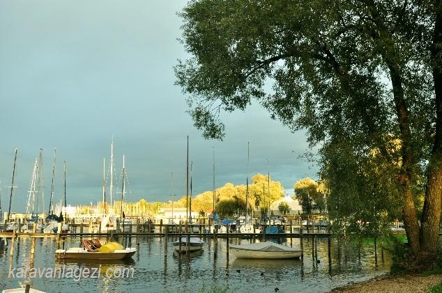 Chiemsee gölü akşam vakti