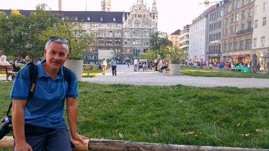 Münih park, arkada Belediye Binası