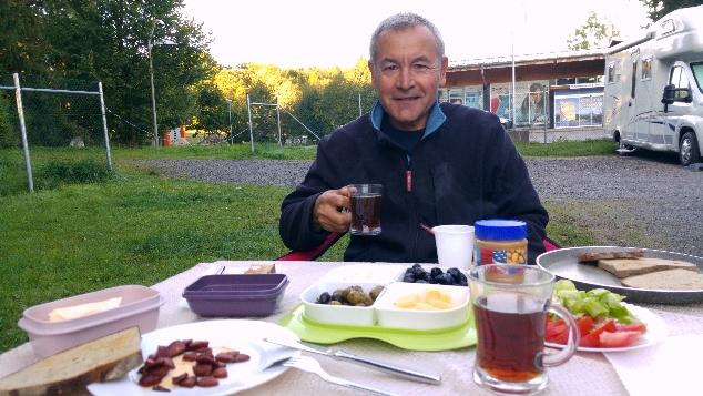 Füssen karavanpark kahvaltı zamanı