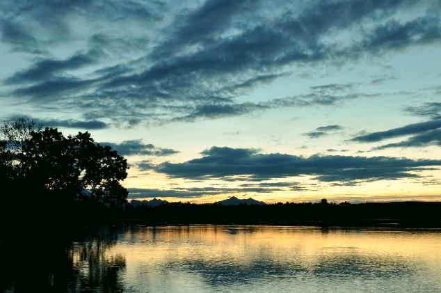 Bannwaldsee Gölü günbatımı