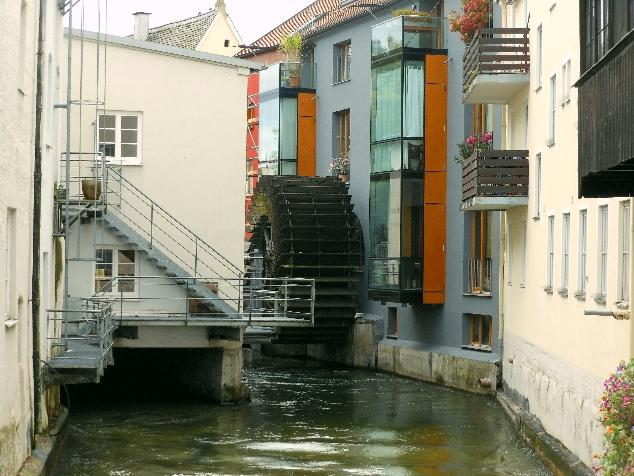Lech nehri ve su değirmeni