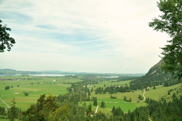 Neuschwanstein Şatosundan Alpsee ve Schwansee gölleri
